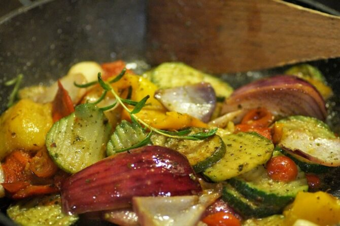 Grilled vegetables with garlic almond oil